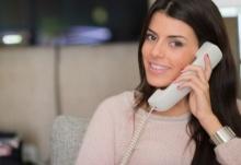 ฝึกสนทนาทางโทรศัพท์เป็นภาษาอังกฤษ